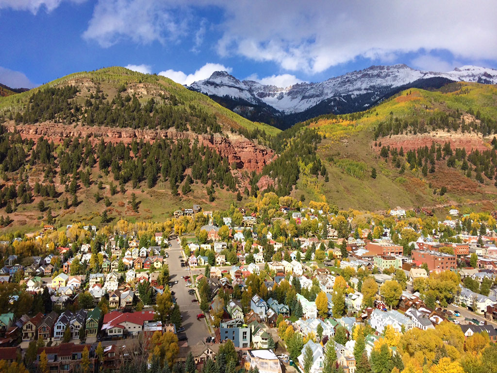 Telluride Is An Exclusive Small Town Paradise Loved By Locals And Visitors Alike The Has A Very Friendly Atmosphere With Speed Limits Set To Maximum